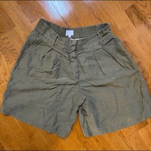 Wilfred olive green high rise linen shorts size 8